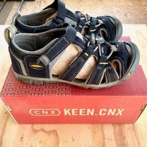 KEEN Kids' Seacamp II CNX *EUC* Size 2